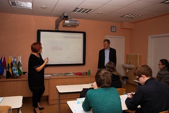privatskola_Klasika_Riga_brivlaiks_ar_vacu_akcentu_5.jpg