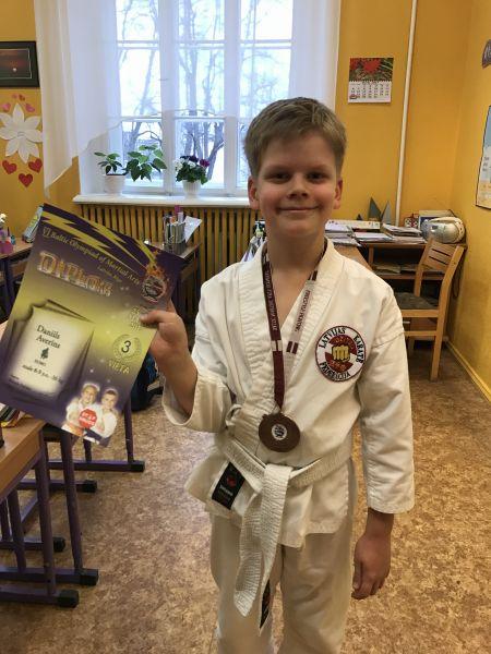 1b_apsveikums_2017_karate_1.jpg